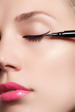 eyeliner under 500