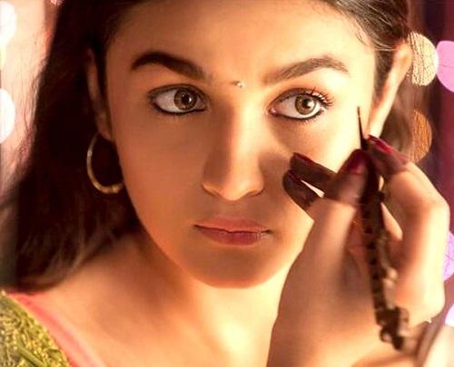 wearing kajal prettifyourself