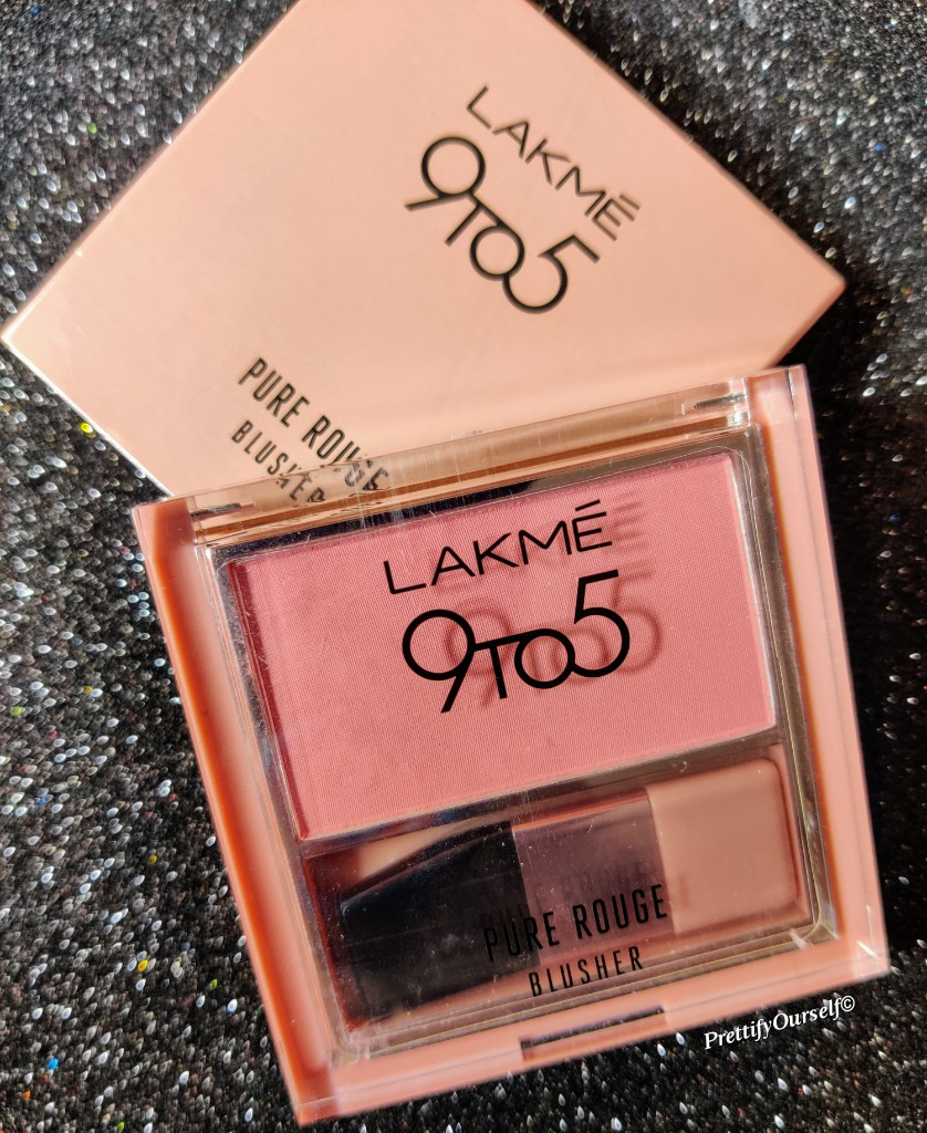 lakme 9to5 pure rouge blusher -nude flush