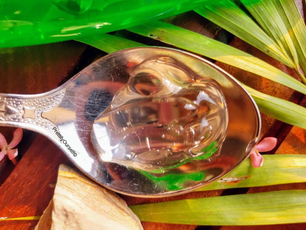 texture of vasu aloe vera gel